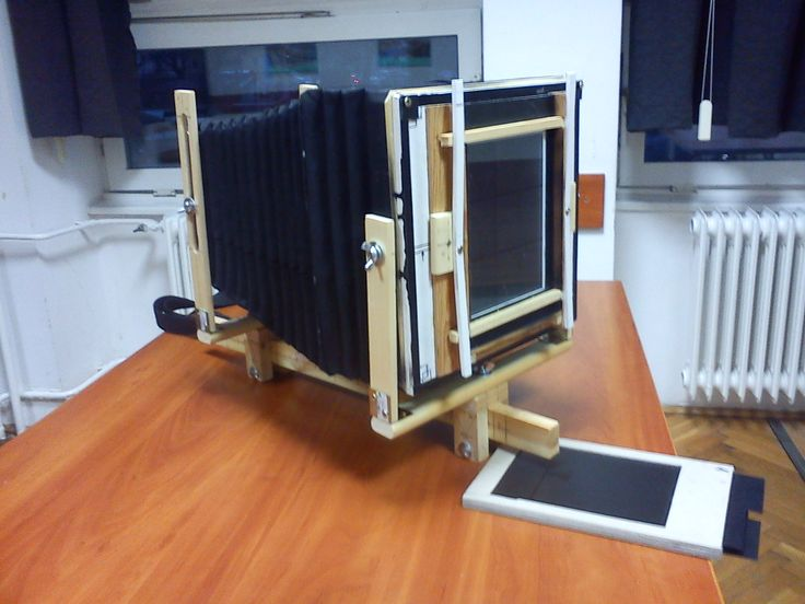 DIY 13x18/18x24cm monorail camera with DIY lens