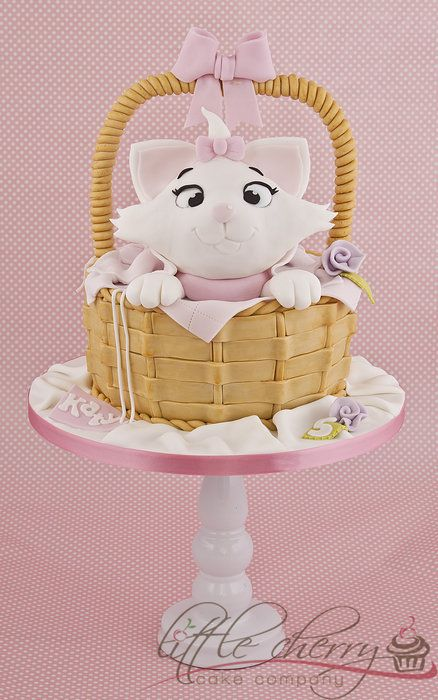 Marie from Aristocats Cake - by littlecherry @ CakesDecor.com - cake decorating website
