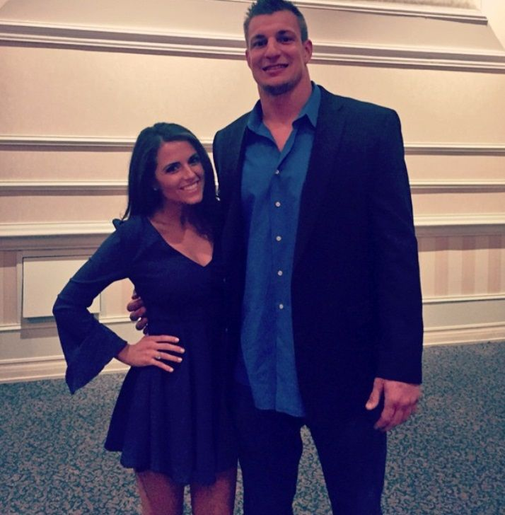 Not his girlfriend...he's single. Gronk like models T...