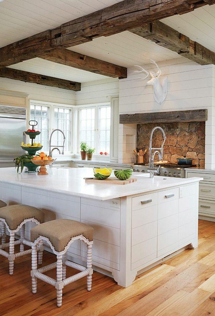 free comment bien choisir un plafond pour la cuisine moderne avec plafond en planches bois leroy. Black Bedroom Furniture Sets. Home Design Ideas