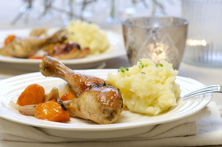 Langstekt kylling med hvitløk og rotgrønnsaker