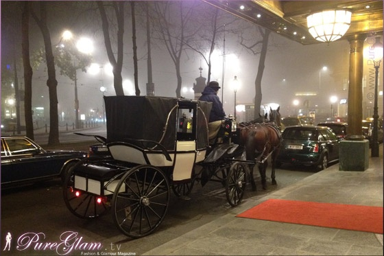 In front of beautiful Hotel Imperial during winter time - so romantic - Luxury Collection – Kärtnerring – Vienna/Wien, Austria/Österreich