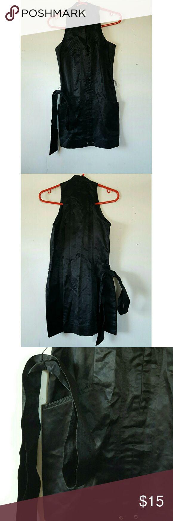 Slim Fit Guess Marciano Dress Very good / Silk slim fit black mini dress L 30' - W 17' Guess by Marciano Dresses Mini