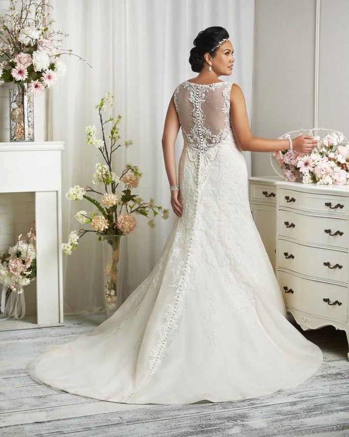 New Illusion Back For A Fuller Figured Bride