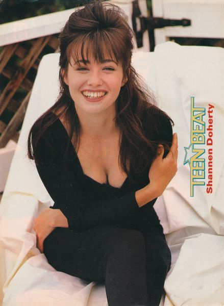 SHANNEN DOHERTY pinup - FRIENDS 'TIL THE END OBSESSED - ZTAMS
