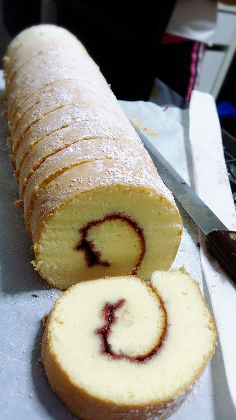 Singapore Home Cooks: Swiss rolls by Zann Teo