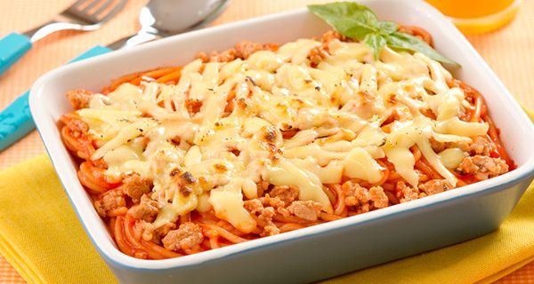 Baked Spaghetti with Meat | Del Monte Philippines http://www.delmonte.ph/kitchenomics/recipe/baked-spaghetti-meat