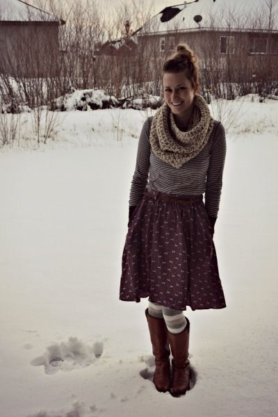 Cutest winter layers! Ill have to try this with my '50s skirts!