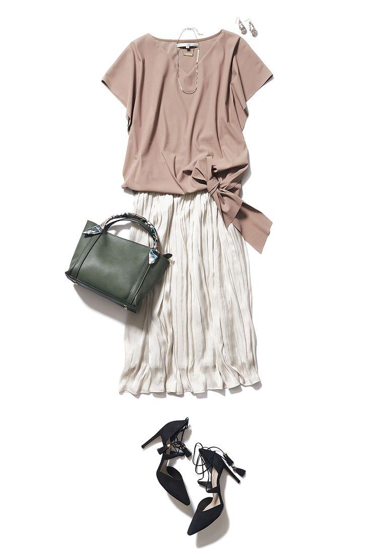 エアリーなプリーツスカートがあれば秋コーデは上手くいく! ― B