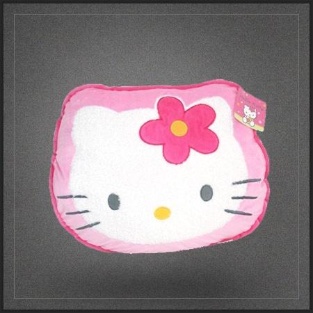 Coussin Hello Kitty pour décorer une chambre de petite fille qui adore le petit chat japonais de Sanrio.