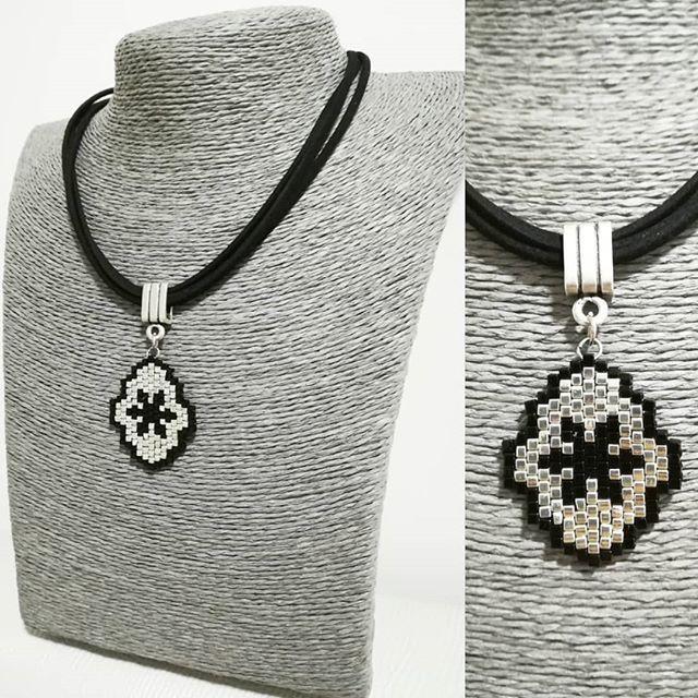 #miyuki#kolye#necklace#jewelry#siyah#gri#black#accessories#aksesuar#taki#tasarim#moda#trend#fashion#elyapimi#hanmade#stil#art#design#instagood#instamoda#instalike#instafashion#vscodaily#etsy#like#love#istanbul#