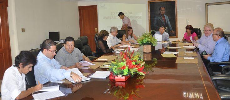 Gobernador destaca la gestión de la gerencia del Hospital Jorge