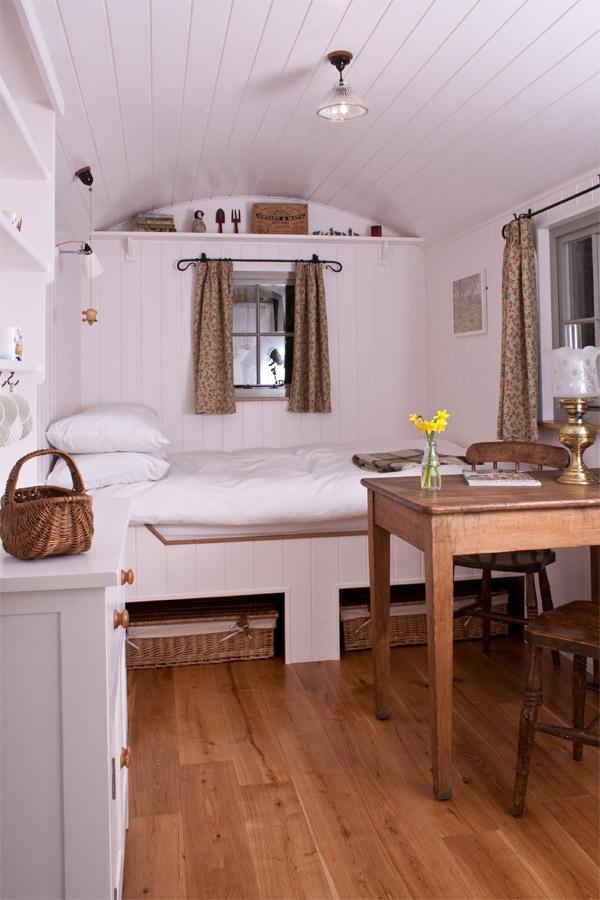 die besten 25 bauwagen ausbauen ideen auf pinterest. Black Bedroom Furniture Sets. Home Design Ideas