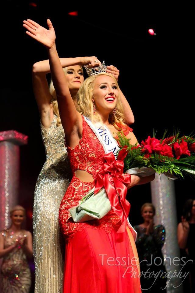 Jacky Arness Crowned Miss North Dakota 2014