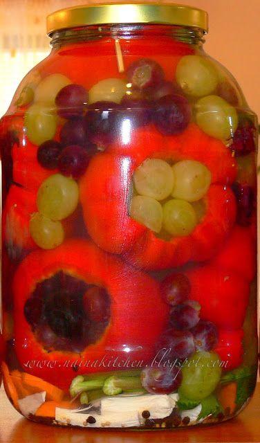 Наїна в кухні: перець, фарширований виноградом