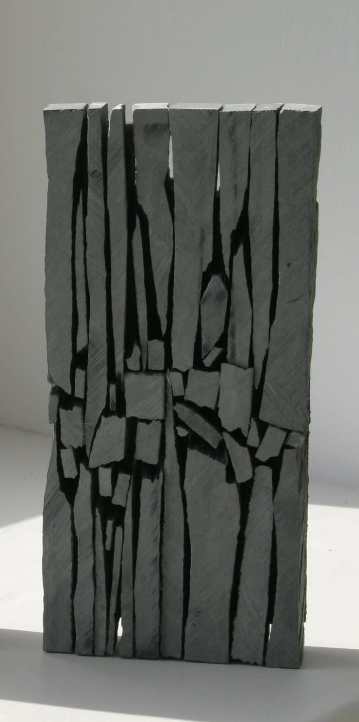 Slate sculpture by Mark Cooke                                                                                                                                                                                 Más