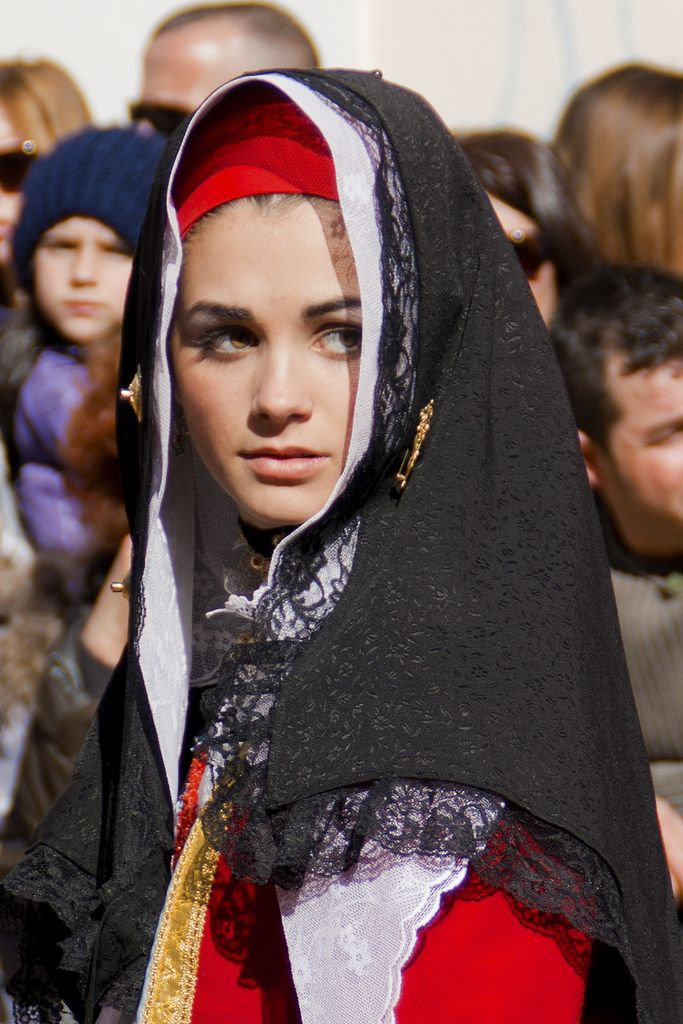 italian traditional clothes - Google Search
