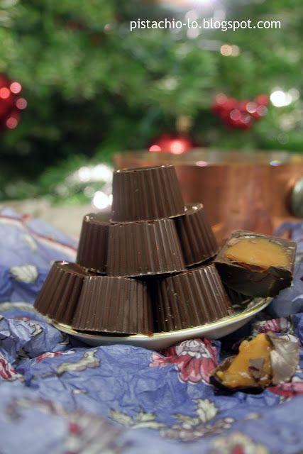 Pistachio: Noworoczna manufaktura czekolady. Czekoladki z nadzieniem karmelowym.