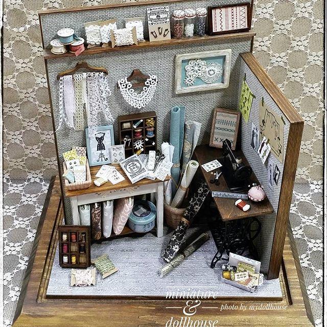 photo by 2016...  #마이돌하우스 #마이돌워크샵 #쏘잉소품 #쏘잉 #쏘잉룸 #재봉틀 #보빈 #레이스 #만들기 #공방 #공예 #수공예 #핸드메이드 #취미 #미니어쳐 #돌하우스 #miniature #miniatures #dollhouse #miniroom #sewing #sewingroom #1/12size #mydollhouse  #make #art #hobby #craft #handmade