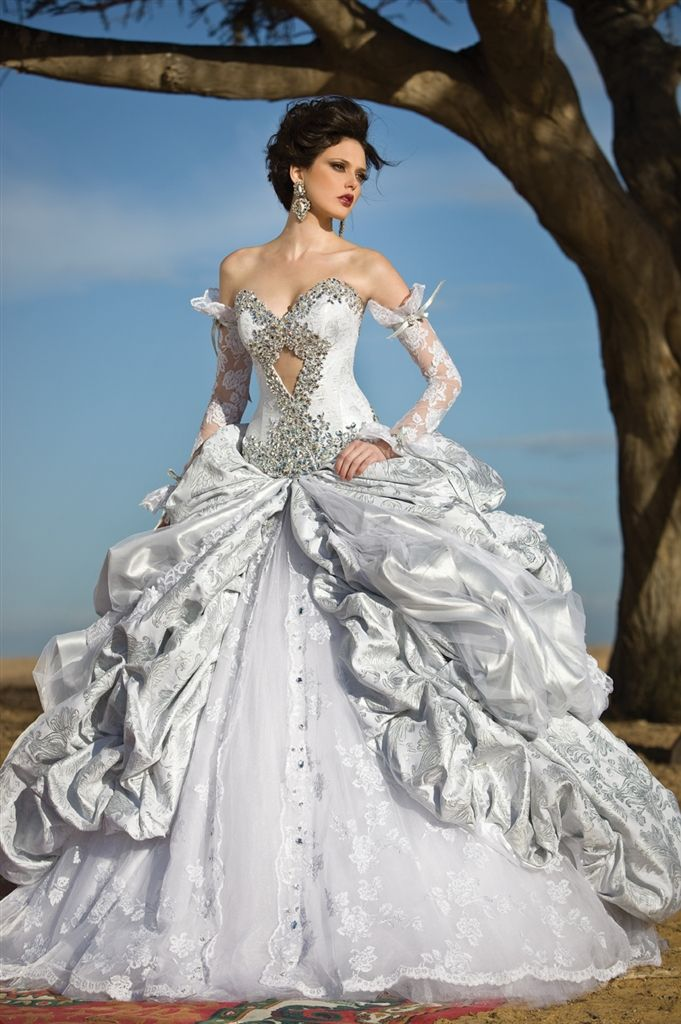 handmade romantic sexy bridal gown with swarovski crystal