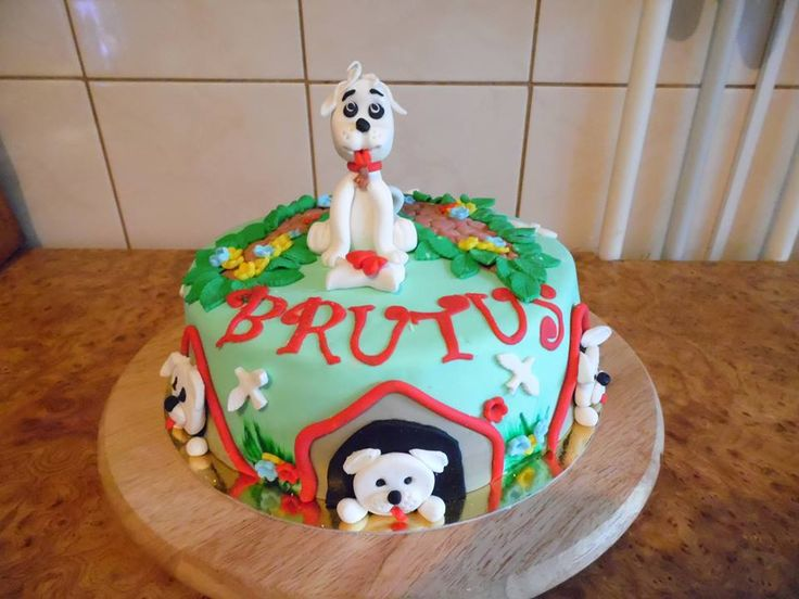 BRUTUS CAKES