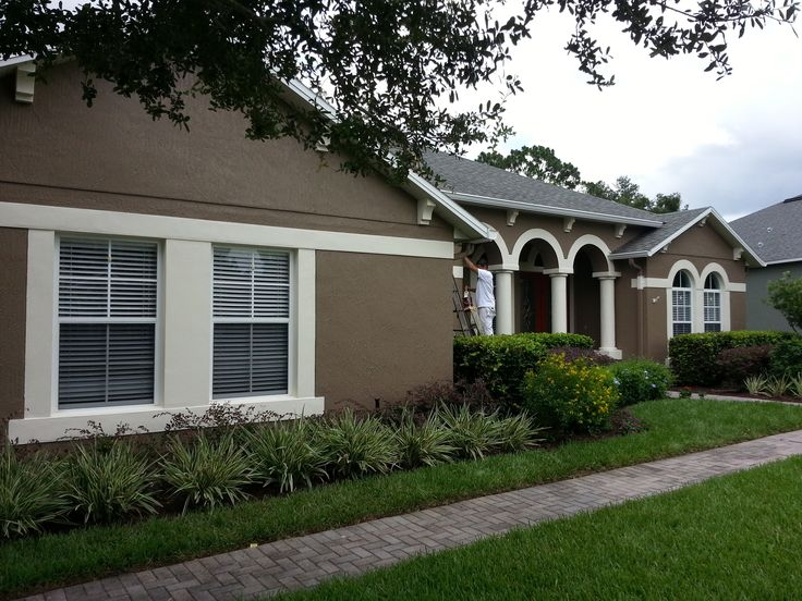 Exterior Repaint Using Benjamin Moore Aura In Davenport Tan Hc 76 Trim In Bone White Exterior