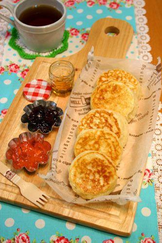 フライパンでもちもちクランペット☆イギリスのパン!!