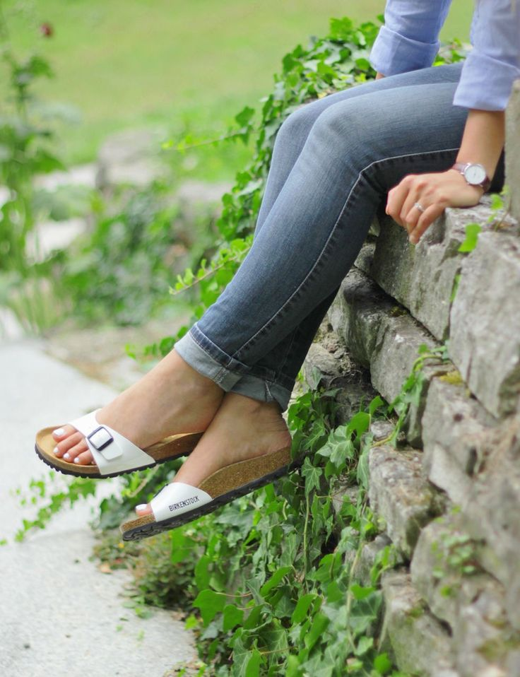 Most comfortable Summer Shoes: Birkenstock Madrid in white
