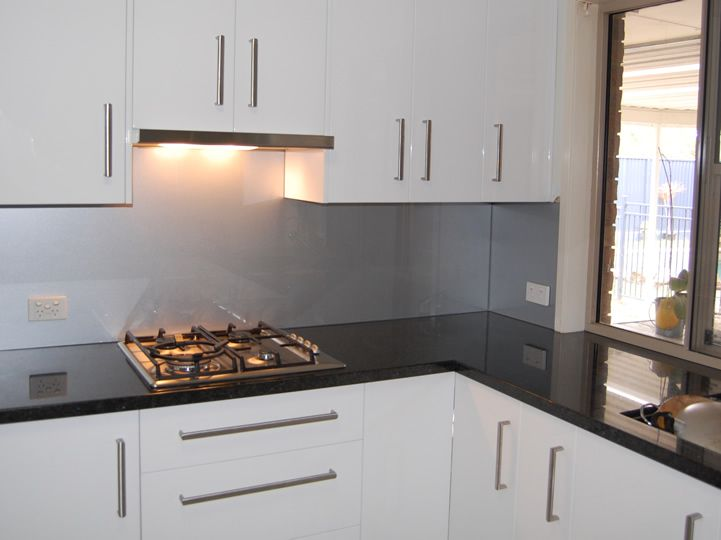 Splashback Ideas White Kitchen Part - 40: White Cabs With Silver Grey Splash ?