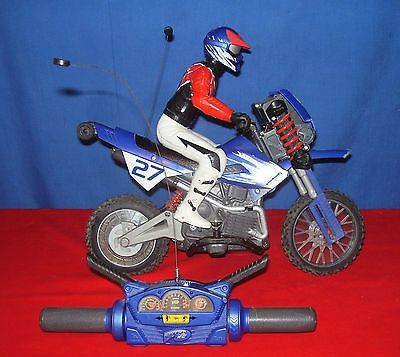 awesome tyco rc motorcycle remote control dirt bike 9 6 v. Black Bedroom Furniture Sets. Home Design Ideas