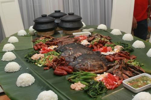 Kamay-Kamayan! Excited to do this for my April Birthday Lunch for the Hubbz & 15 year old twins