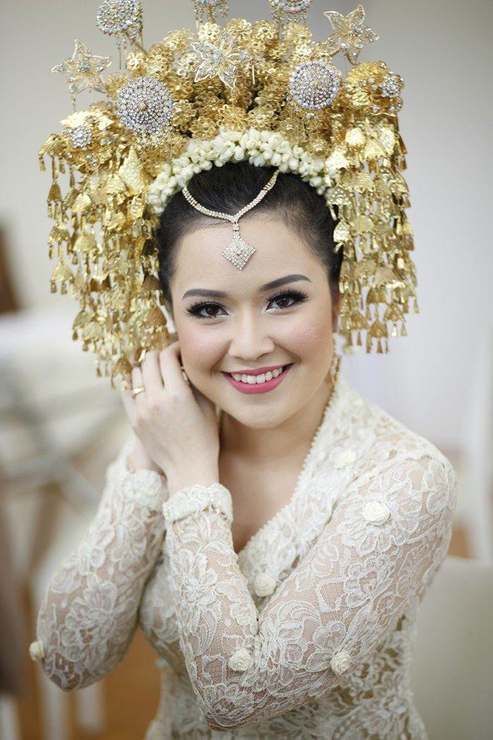 Pernikahan Adat Minang Alanda dan Adit di Jakarta