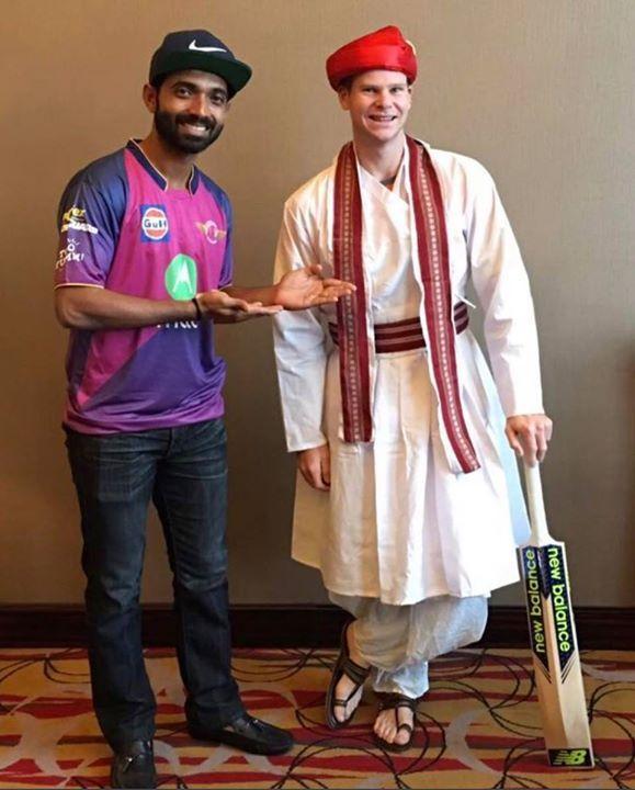 RPS skipper Steve Smith in traditional Indian dress :) For more cricket fun click: http://ift.tt/2gY9BIZ - http://ift.tt/1ZZ3e4d