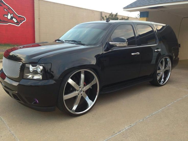 Group of Chevy Tahoe On 28S