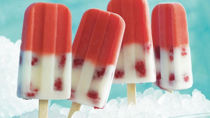 If you are looking for a frozen dessert to beat the heat, these delicious pops made with Yoplait® yogurt, fresh raspberries and lemonade are the perfect treat.