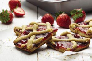 Linzer Bar Cookies - Cake Boss Baking
