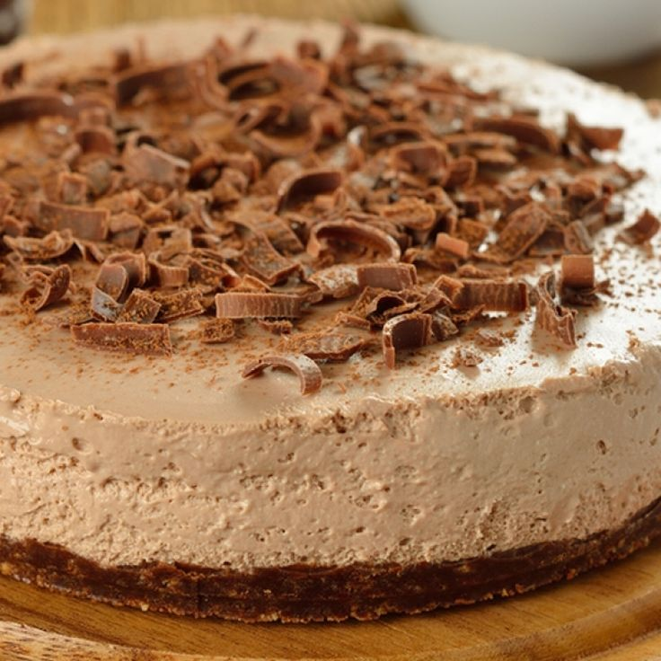 A Delicious sweet recipe for creamy chocolate cheesecake.