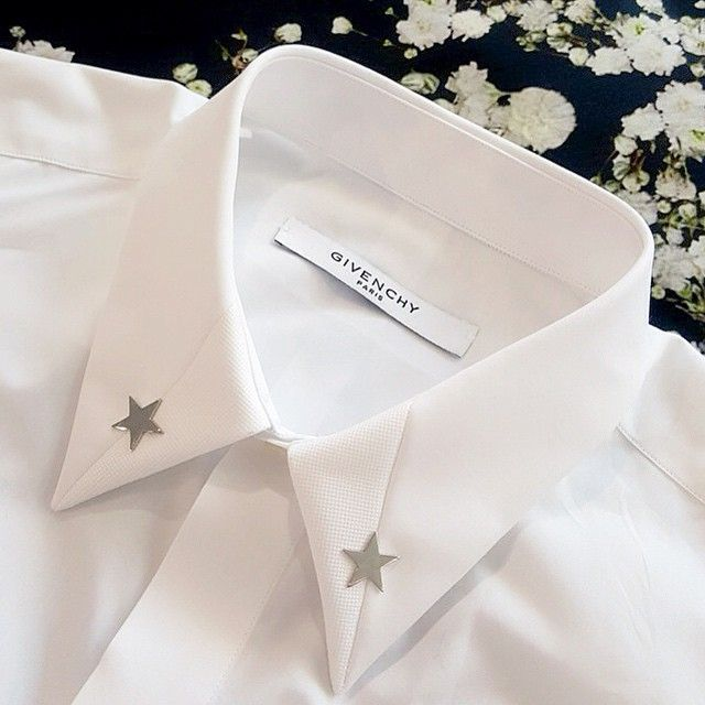 Givenchy's powerful SS15 collection included some awesome shirts. Our two favourite pieces are the Classic White with Silver Star Embellishments and the Black with 'Baby's Breath' Print. #givenchy #givenchyparis #givenchystar #GivenchyBabysBreath #babysbreath #rt17 #ricardotisci #runwaypiece #fashionshow #mensfashion #mensstyle #fashion #fashionista #luxuryfashion #mensboutique #zoofashions #zoolife