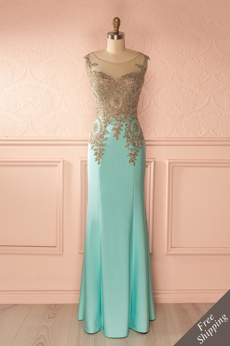 Laissez briller la déesse qui sommeille en vous !  Let the dormant goddess inside you shine!  Aqua crystals embellished bust maxi dress https://1861.ca/collections/products/yasmine