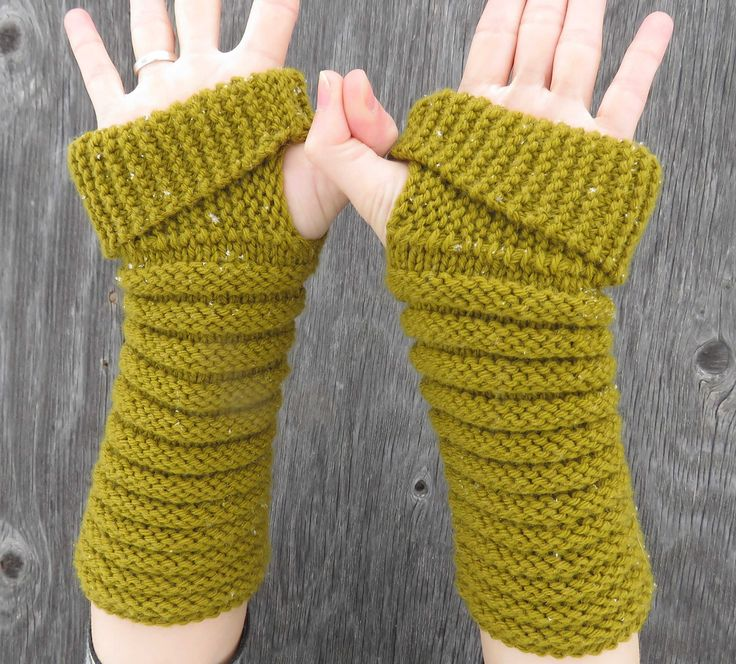 gully gloves designed by kelly mcclure / in quince & co. lark