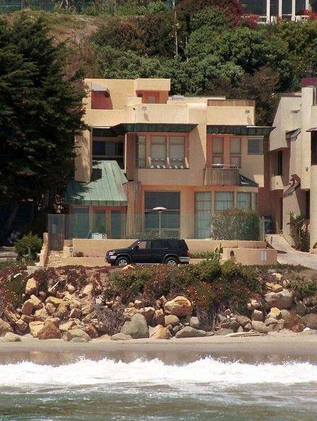 Celeb Home of Emilio Estevez, Malibu, CA