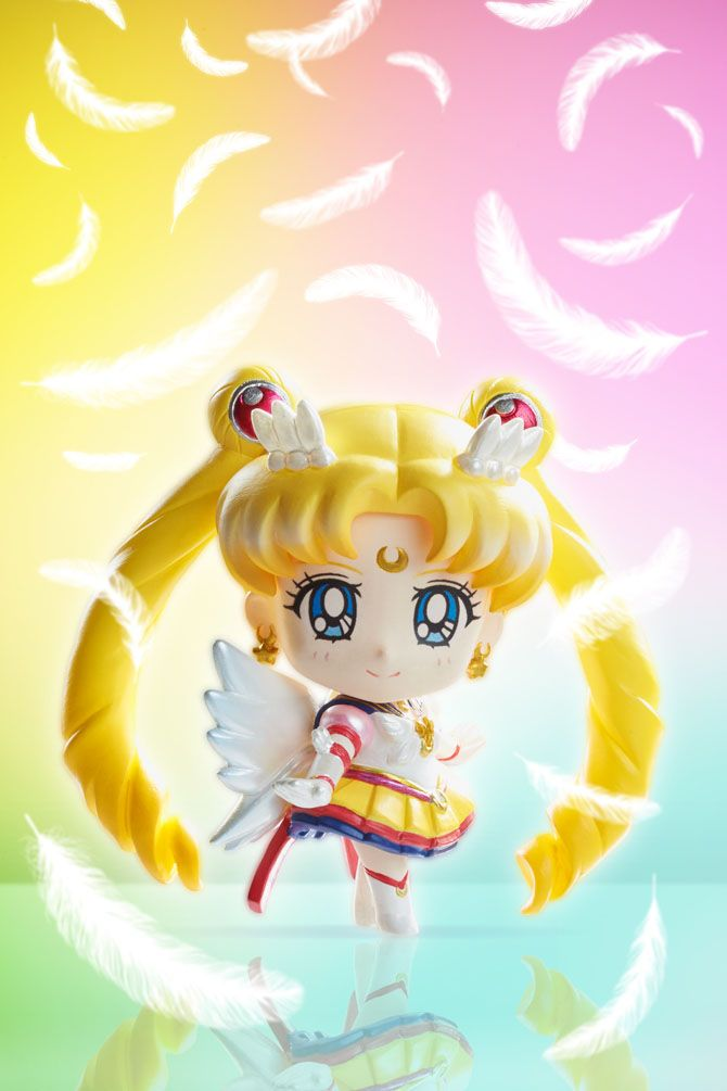 From the Sailor Moon TV series comes this special pack of 5 super cute deformed mascots (Eternal Sailor Moon, Sailor Chibi Chibi, Sailor Star Fighter, Sailor Star Healer, Sailor Star Make)