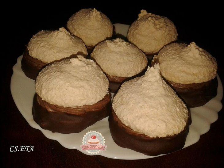 Kokosky Eta módra