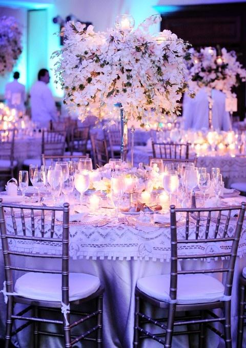 92 best ideas de fiesta party ideas images on pinterest - Decoraciones en color plata ...