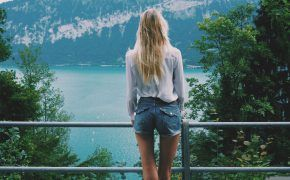 Switzerland, Lake Thun, Thun, Schweiz, Swiss, Tall girl, Blonde, blonde girl photography, hipster, on the road,
