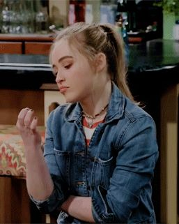 Sabrina Carpenter > Me when someone Interrupts me when I'm doing something I see as important. Lol.