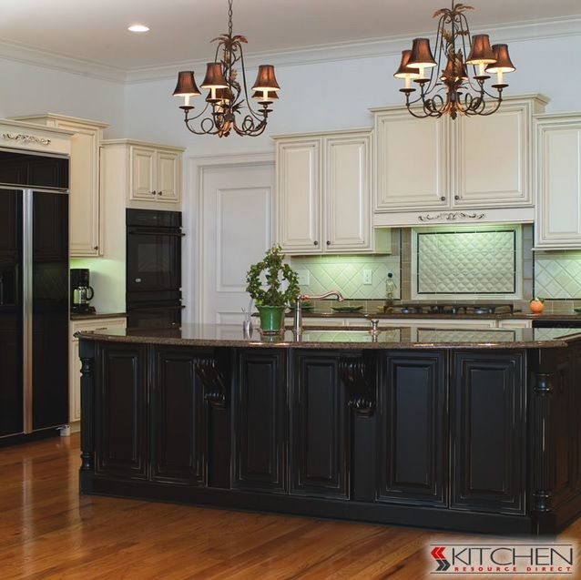 Kitchen Cabinets Two Tone: 25 Best Images About Two-Toned Kitchen Cabinets On