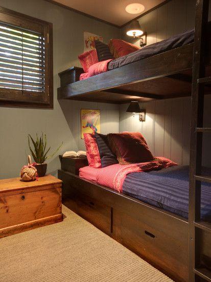 St Moritz Crescent, Eclectic Bedroom