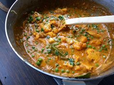 Gobi Motor – Indisk gryta med blomkål och ärtor | Jävligt gott - en blogg om vegetarisk mat och vegetariska recept för alla, lagad enkelt och jävligt gott.