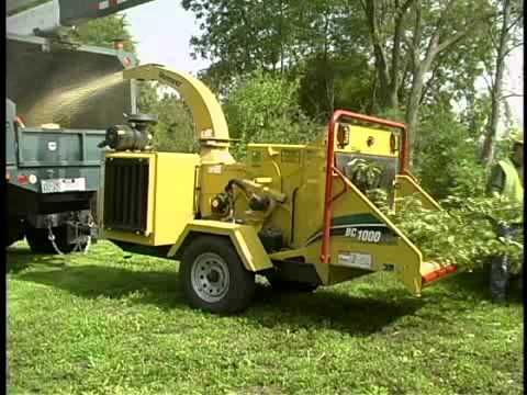 "Vermeer BC1000XL 12"" by 17"" wood chipper with a single feed roller ideal for any tree care/ tree surgery operation."